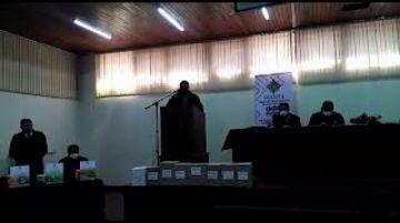 Entregan textos educativos para inicial y primaria en Potosí
