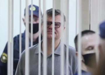 El opositor bielorruso Babaryko es condenado a 14 años de cárcel