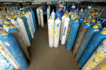 Indonesia importa oxígeno para hacer frente a la ola de contagios de covid-19