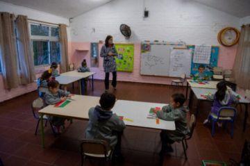 Uruguay habilita retorno a las aulas en todos los niveles educativos