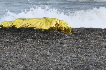 Casi 2.100 migrantes murieron en las rutas hacia España en el primer semestre de 2021, según una ONG