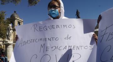 La Paz: Familiares de pacientes con Covid-19 piden trato digno y datos oficiales sobre nuevas variantes