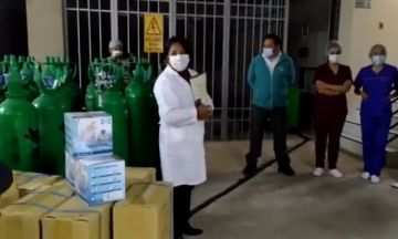 CNS Potosí entrega 70 tubos de oxígeno para pacientes