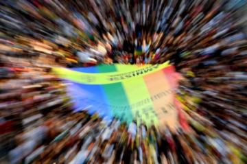 Reportan que hay dos detenidos más por el asesinato a golpes de un joven homosexual en España