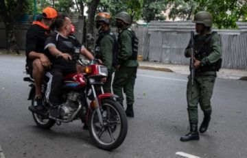 """""""Vamos a lanzar las bombas"""" : Bandas criminales llenan de terror y muerte a Caracas"""