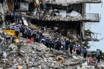 Sube a 64 saldo de muertos dos semanas después del derrumbe de edificio en Florida
