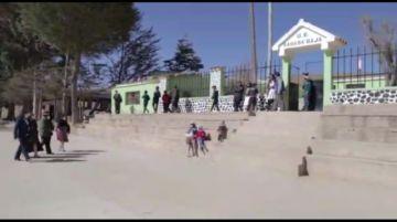 Concejales inspeccionan escuelas del área rural