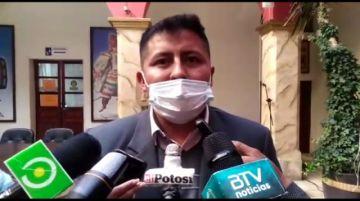 Alcalde reporta que alrededor de 700 personas fueron vacunadas en Vitichi
