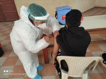 Escuela de maestros en Potosí vacunó más de un centenar de alumnos contra el coronavirus
