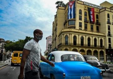 Gobierno cubano ofrece primeras concesiones a los manifestantes
