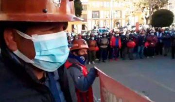 Mineros anuncian marcha a La Paz en demanda de la nacionalización de Andacaba