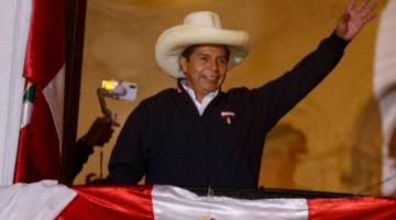 Pedro Castillo es proclamado presidente electo del Perú