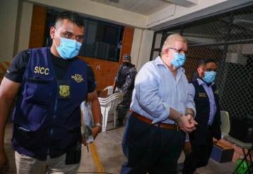 Piden la captura del expresidente Sánchez Cerén y detienen a exministros en El Salvador