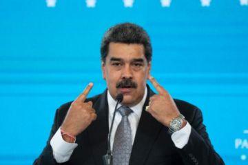 """""""Estamos listos"""" para negociar con la oposición en México, dice Maduro"""