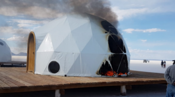 Enfrentamientos en el Salar de Uyuni dejan tres domos quemados y una persona herida