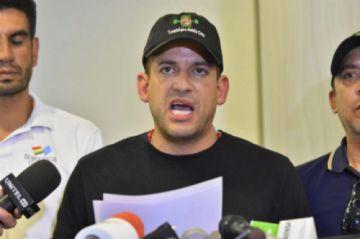 """Lanchipa sobre el caso """"golpe"""": Con seguridad van a citar a Luis Fernando Camacho"""