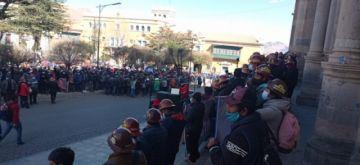 Mineros siguen creyendo que quieren sacarles del Cerro Rico