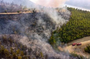 Incendios en Turquía provocan nuevas evacuaciones de población