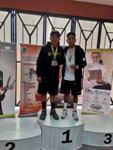 Potosino logra el primer lugar en su categoría en torneo de ráquet