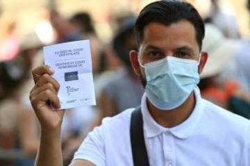Los turistas en Italia, desconcertados por el pasaporte sanitario