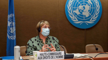 Alta comisionada de derechos humanos de la ONU pide cese de combates en Afganistán