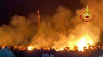 Los bomberos se enfrentan a más de 500 incendios por pico de calor en Italia