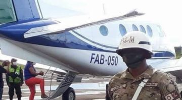 Caso vuelo chárter: MAS niega irregularidades y FAB afirma que se pagó a cuenta fiscal