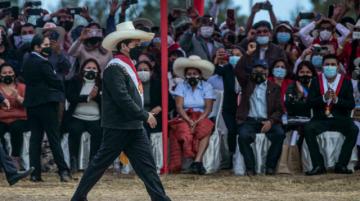 Castillo recoge mas rechazo que aprobación en dos semanas al frente de Perú