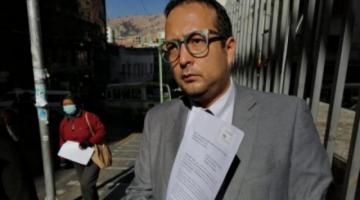 Abogado Guillén: Medicación otorgada por Régimen Penitenciario a Áñez era perjudicial