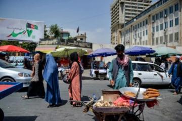 Los afganos descubren su nueva vida bajo el régimen talibán