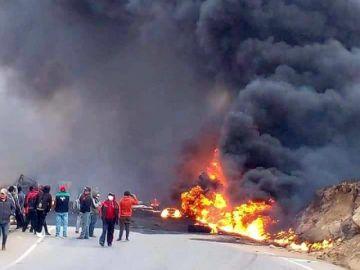 VIDEO Un camión cisterna explota  en la vía a Cuchu Ingenio