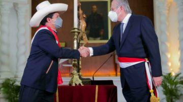 Gabinete de Castillo busca crucial voto de confianza en el Congreso peruano