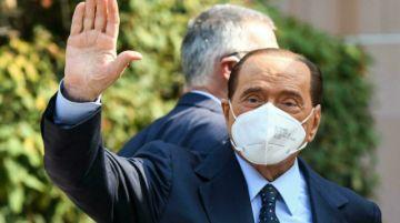 Silvio Berlusconi es hospitalizado de nuevo en Milán