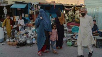 Datos personales de intérpretes afganos quedaron en la embajada británica en Kabul