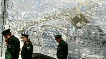 Putin da dinero a policías y militares antes de elecciones legislativas