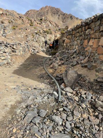 """Mineros """"invaden"""" el Kari Kari y ponen en riesgo agua de lagunas"""