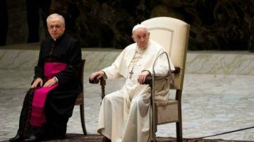"""""""Ni se me pasó por la cabeza"""", dice el Papa Francisco sobre rumores de su renuncia"""