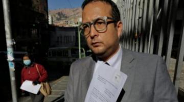 Audiencia se suspende y abogado informa que Áñez debe ser internada de emergencia