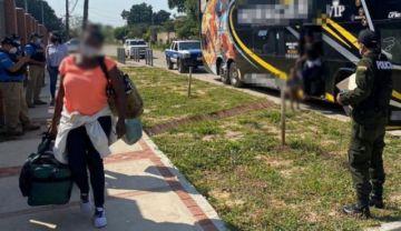 Devuelven a la frontera con Brasil a 73 haitianos encontrados en Chuquisaca