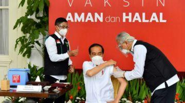 Indonesios, preocupados por sus datos tras filtración de certificado de vacuanción del presidente