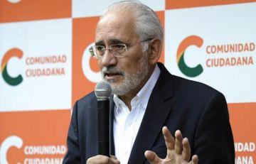 MAS descalifica al líder opositor para hablar de traición a la patria
