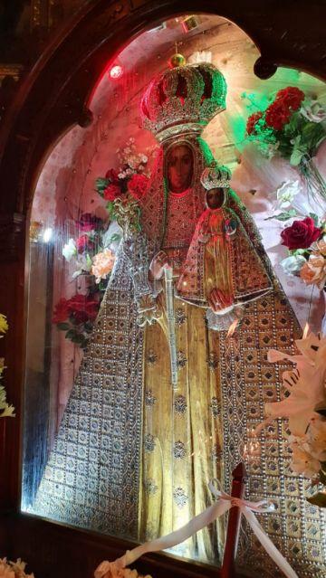 La Virgen de Guadalupe es entronizada nuevamente