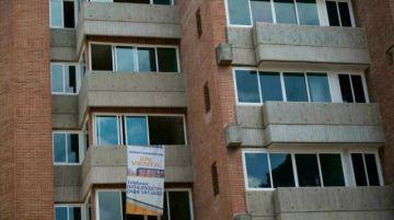 Comprar casa en Venezuela, billete sobre billete