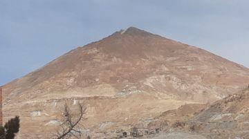 La Comibol se descara y congela análisis del daño al Cerro Rico
