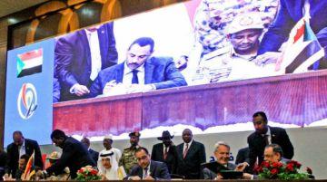 Los militares aún controlan Sudán pese a acuerdo para compartir el poder