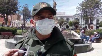 Bomberos detecta malas conexiones de mangueras de gas en feria de Alasita