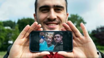 Tres vidas transformadas por Merkel