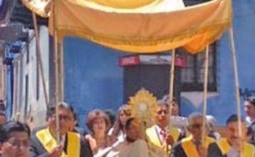 Todo ya está listo para la procesión del 'Corpus Chico'