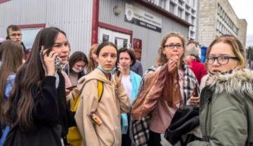 Un estudiante mata al menos a seis personas en un tiroteo en una universidad rusa