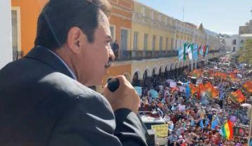 Manfred Reyes Villa pide que lo dejen trabajar y a la Justicia no dejarse 'manipular' por el poder político